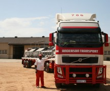 Anderson-Transport-drivers-proud-of-their-trucks2